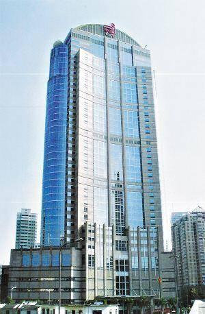 李经纬主持修建的健力宝大厦,08年被时代地产收购后改名为时代地产中心大厦